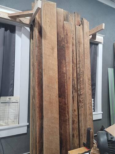 Red Oak Vertical Stack 0001 02142021