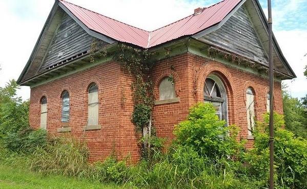 Schoolhouse Exterior 0003 02172021